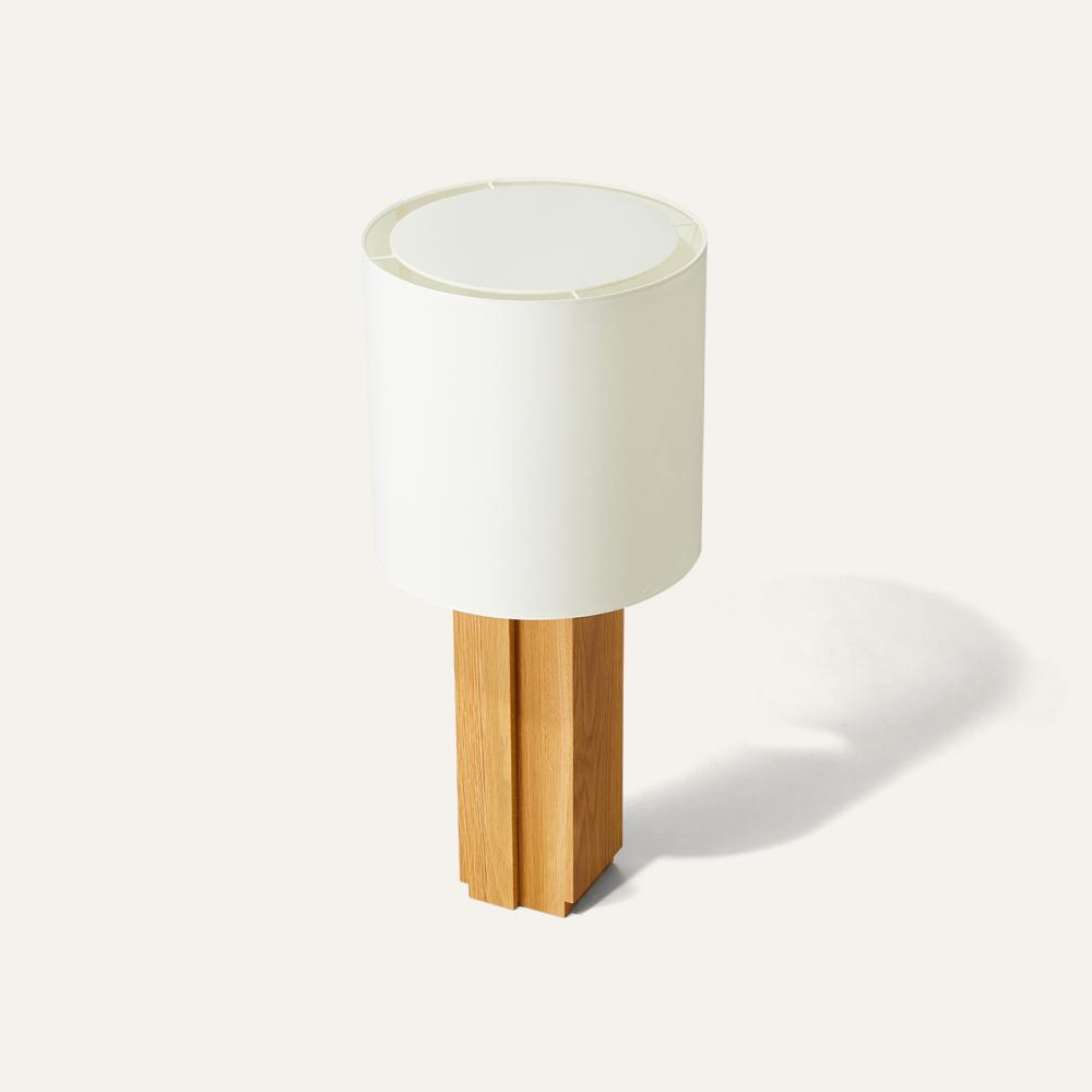 massif table lamp
