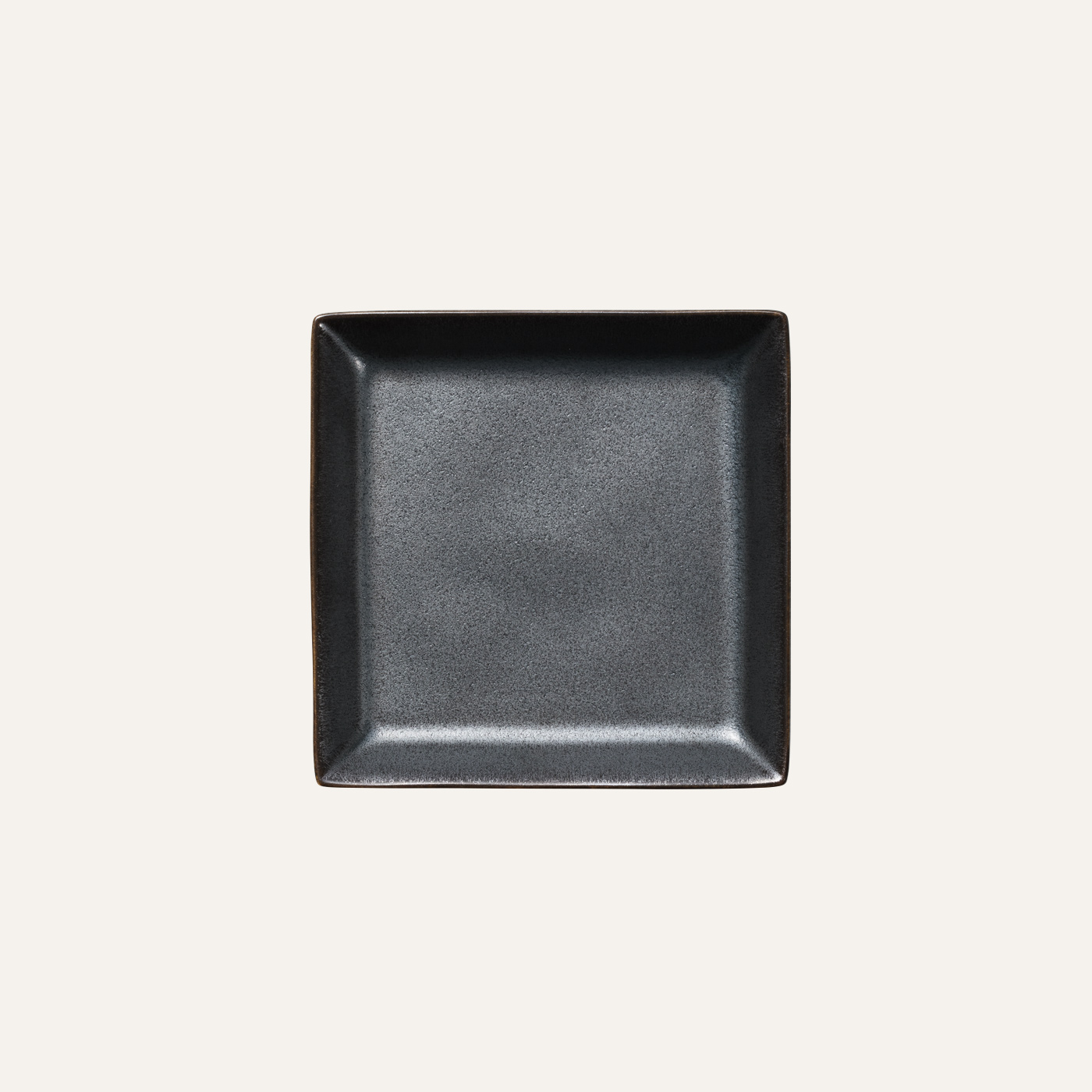 Square plate S